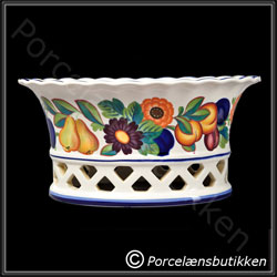Frugtkurv, gennembrudt. Gylden Sommer - Fruit basket, pierced. Golden Summer - Royal Copenhagen